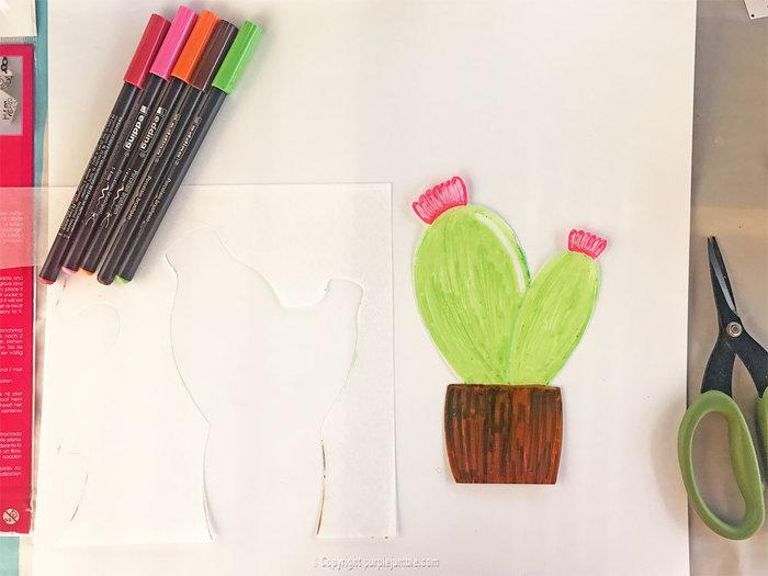un cadre de cactus en plastique dingue oui are makers partageons notre cr ativit. Black Bedroom Furniture Sets. Home Design Ideas